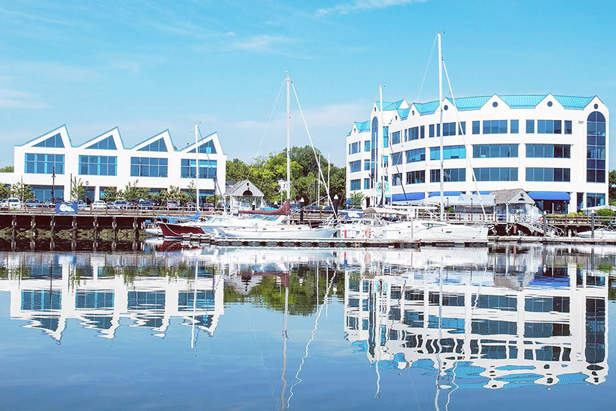 Overlooking Stamford Harbor This Complex Consists Of Four Office Buildings Two Waterfront Restaurants A Boardwalk And Marina Unique Suites With